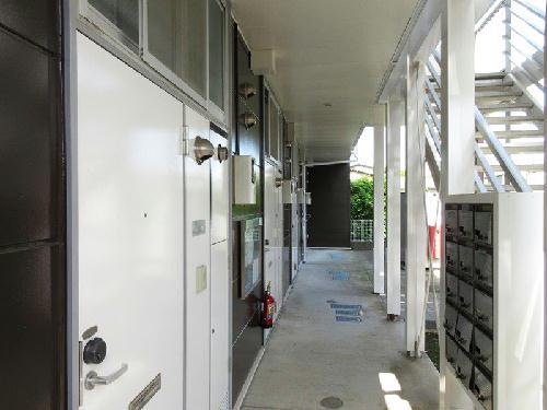 レオパレス小町A 102号室のバルコニー