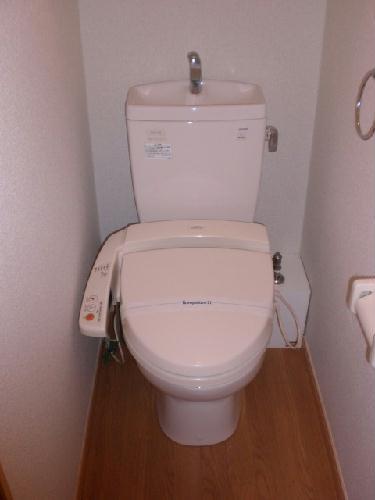 レオパレスプリムラ 203号室のトイレ