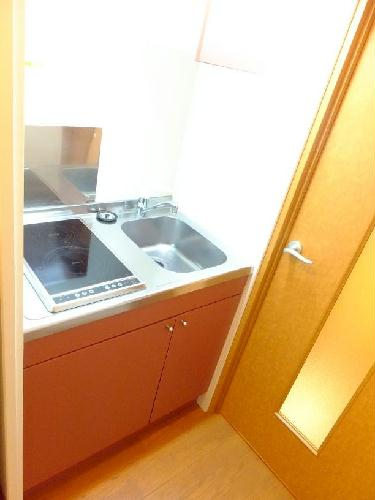 レオパレスしらとり 201号室のキッチン