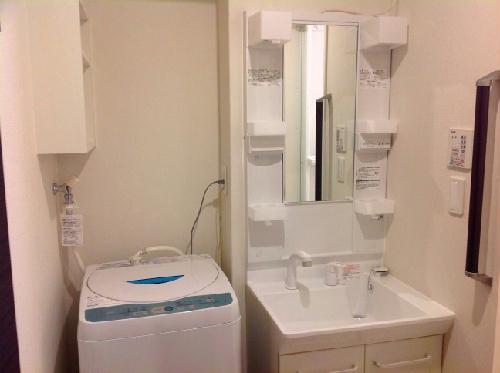クレイノシエル ブルー 104号室の洗面所