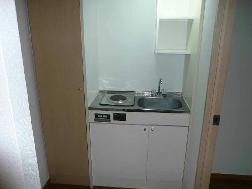 レオパレスカサベルデ 104号室のキッチン