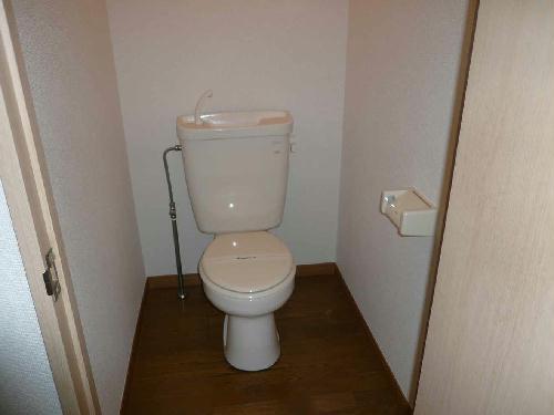 レオパレスカサベルデ 104号室のトイレ