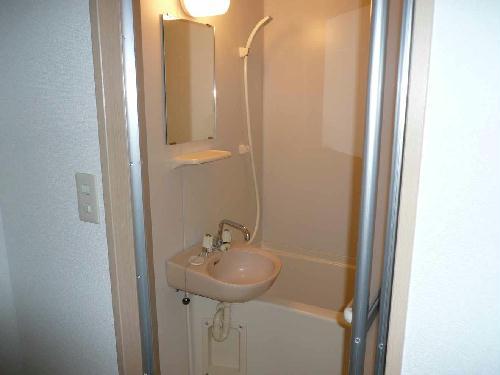 レオパレスカサベルデ 104号室の風呂
