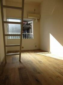 プラザ ドウメドック 110号室の居室