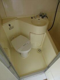 プラザ ドウメドック 110号室のトイレ