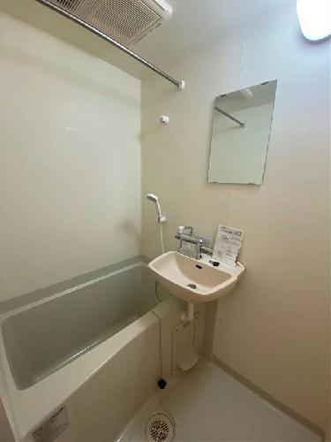 レオパレスハピネス光が丘 102号室の風呂