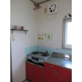 カーサフォレスト 102号室のキッチン