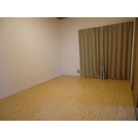 カーサフォレスト 102号室のベッドルーム
