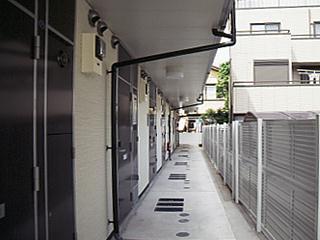 レオパレスエクセルハイムⅡ 302号室のエントランス