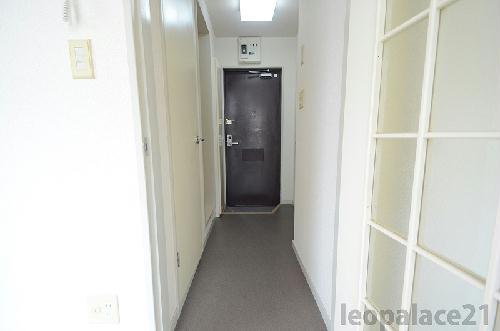 レオパレス衣笠第1 102号室の玄関
