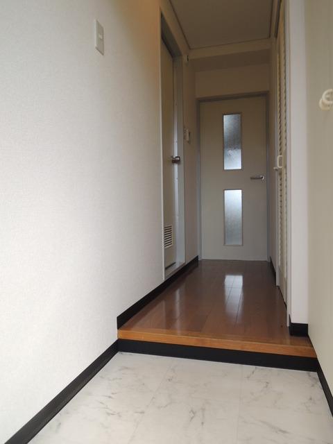 日神パレス中野 304号室の玄関