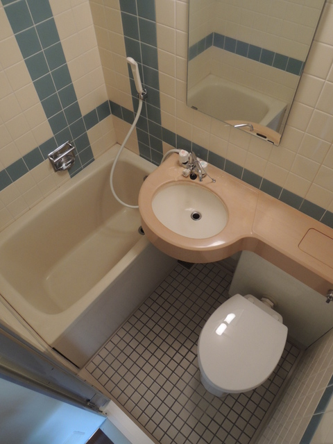 日神パレス中野 304号室の風呂