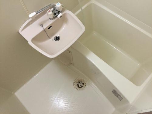 レオパレスグリーンビュー和田 105号室の風呂