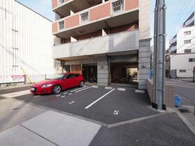 クピットガーデン千代田 0803号室の駐車場
