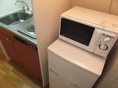 レオパレスエクレール 101号室のキッチン