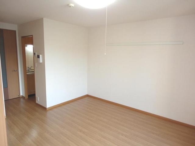 ラヴィール 105号室のベッドルーム