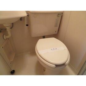 エバーグレース西府 0602号室のトイレ