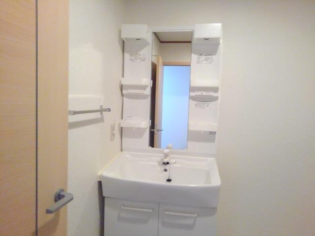 スカイハイツ藤橋 03030号室の洗面所