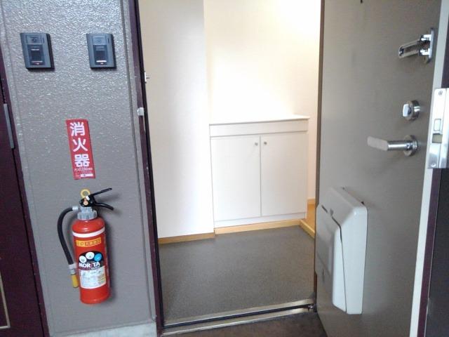 スカイハイツ藤橋 03030号室の玄関
