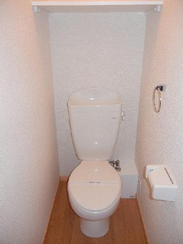 レオパレスグランズ浄水 103号室のトイレ