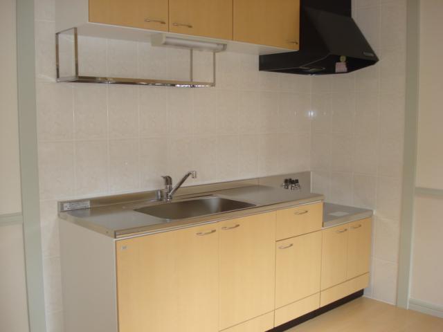 レジデンスペティ 102号室のキッチン