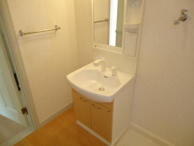 レジデンスペティ 102号室の洗面所