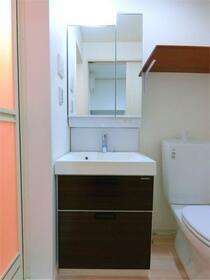ハーミットクラブハウス二子新地(仮) 201号室の洗面所