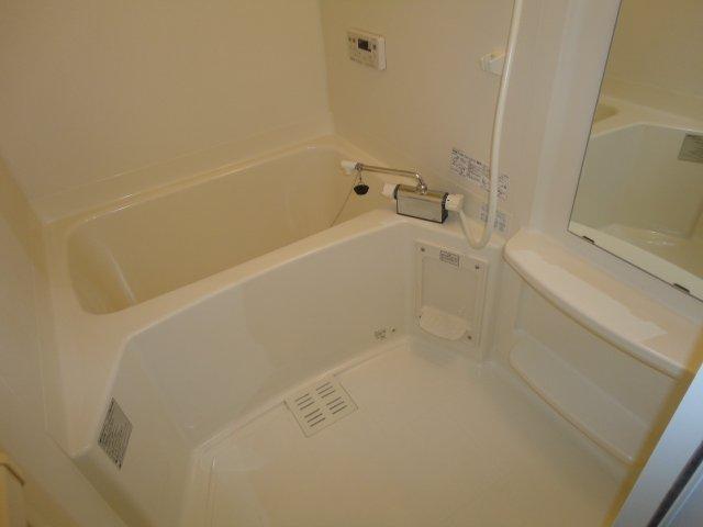 エル・ガーデンB棟 101号室の風呂