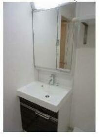 アゼスト志村三丁目 205号室の洗面所