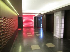 後楽園ビューハイツ 1007号室のリビング