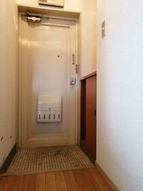 第2パールハイツ 0502号室のリビング