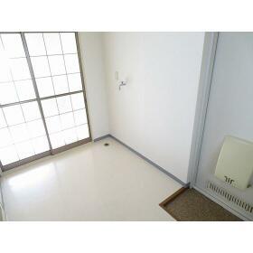 ピュア滝野川 0201号室の玄関