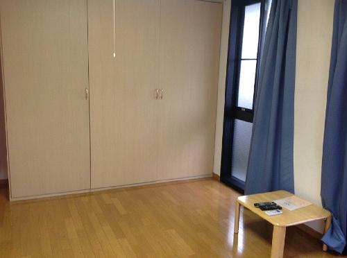 レオパレス翔 305号室の居室