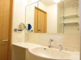 サン・ボナール 101号室の洗面所