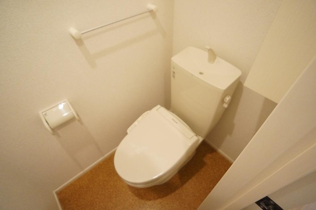 オーロラ要A 01010号室のトイレ