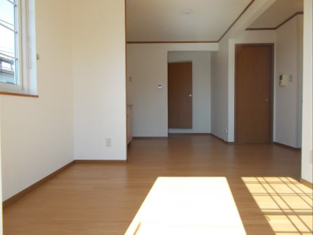 コンフィアンス B 02010号室のリビング