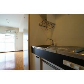 ダイホープラザ鶴見 0306号室のキッチン