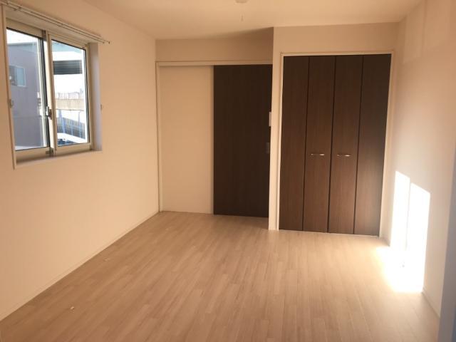 ブレスドY&M 205号室のリビング