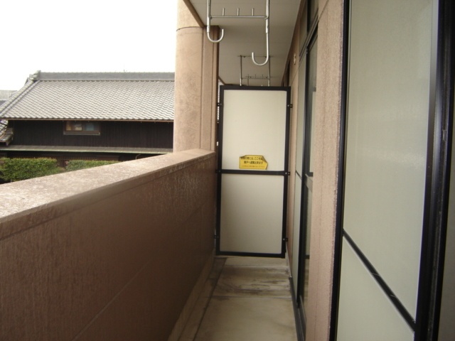 ツインハイツB 203号室のトイレ