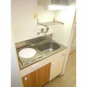 ロマネスク大濠第5 405号室のキッチン