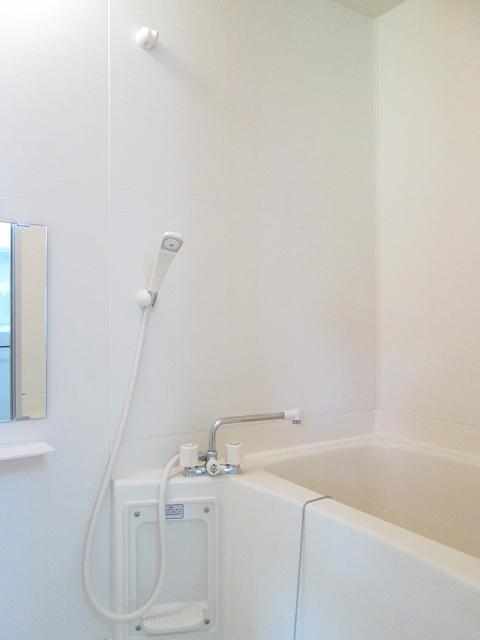 トゥルスⅠ 01010号室の風呂