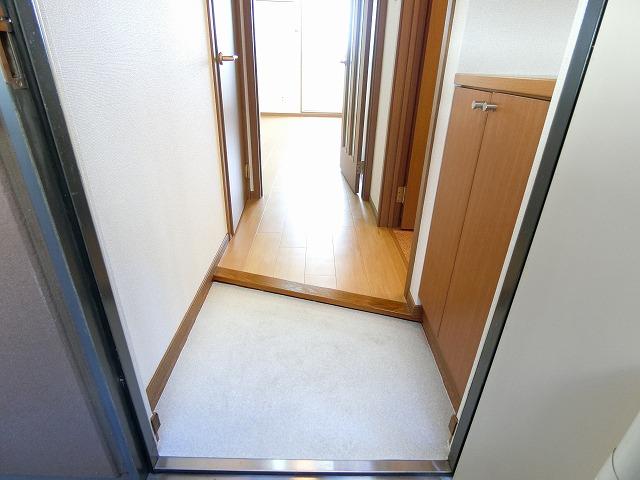 マイネ・S5 02020号室の玄関