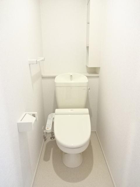 LA PORTE 02020号室のトイレ