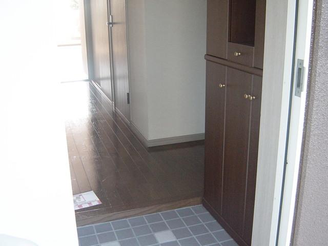 ミサオガーデンホルム 101号室の玄関