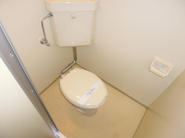 アザレア館 202号室のトイレ