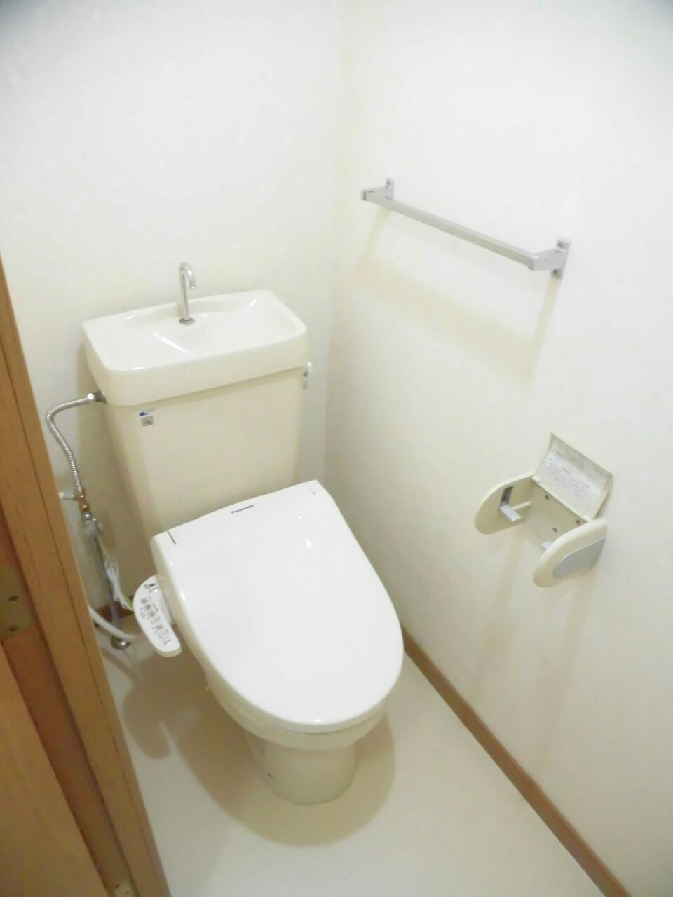 ムーミン村B 02020号室のトイレ