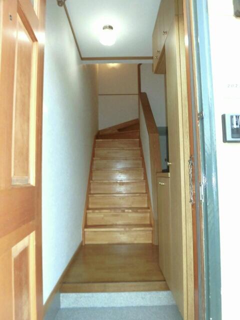 ムーミン村B 02020号室の玄関
