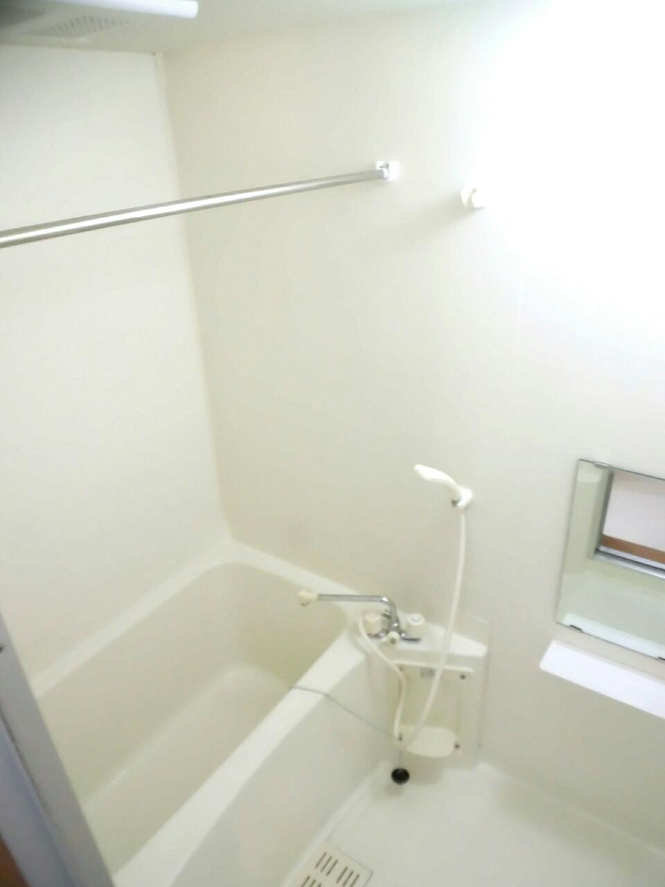 ムーミン村B 02020号室の風呂
