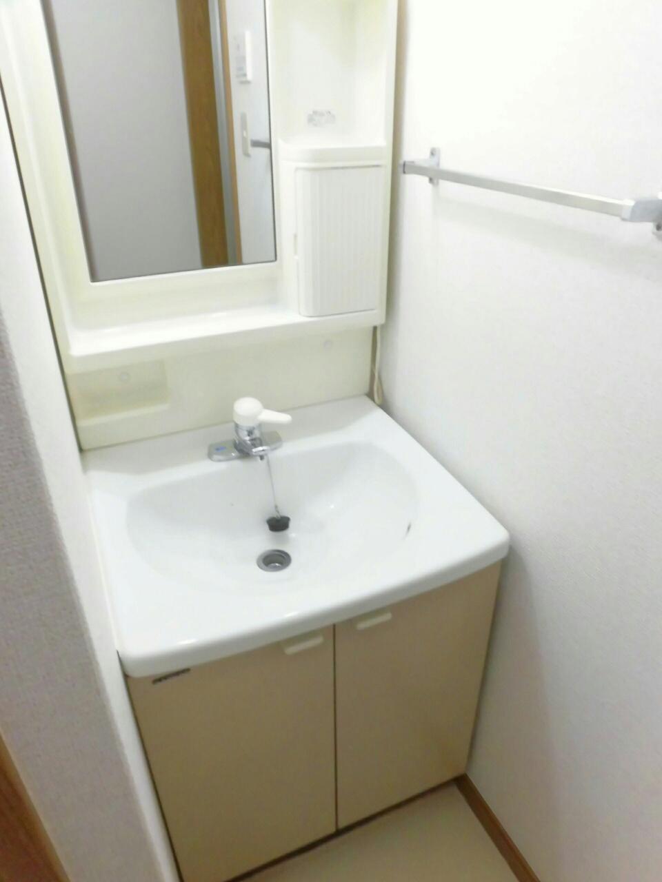 ムーミン村B 02020号室の洗面所