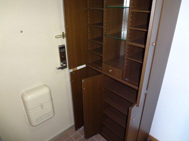 グレイスヴィラK 403号室の収納